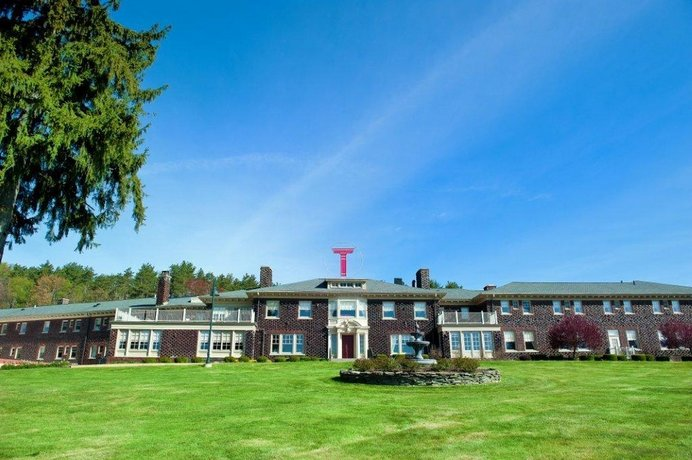 Traditions at the Glen Hotel and Spa