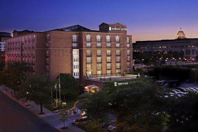 Embassy Suites Hotel St Paul - Downtown