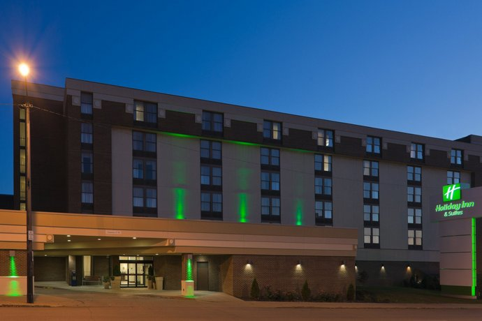 Holiday Inn Hotel & Suites Mansfield-Conference Center
