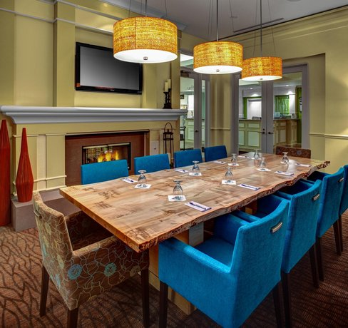 About Hilton Garden Inn Danbury