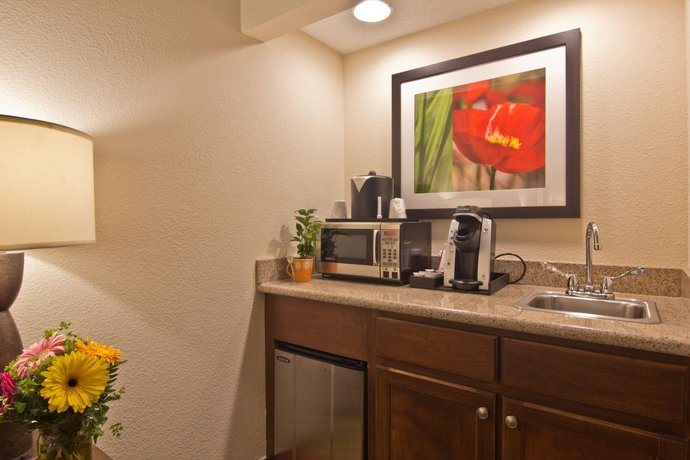 About Hilton Garden Inn Columbus Grove City
