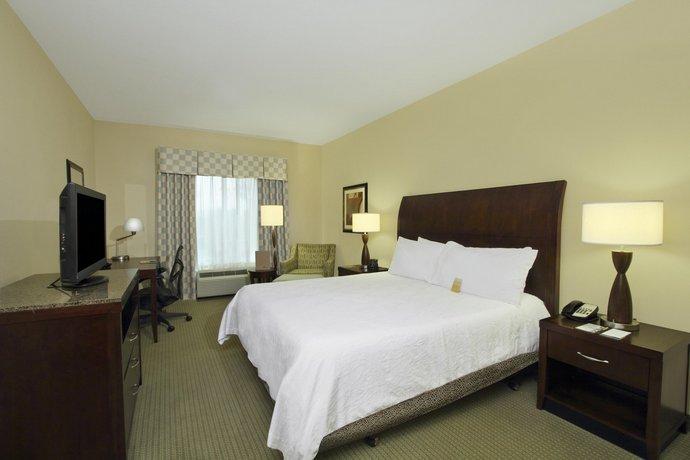 Hilton Garden Inn Beaumont - Compare Deals