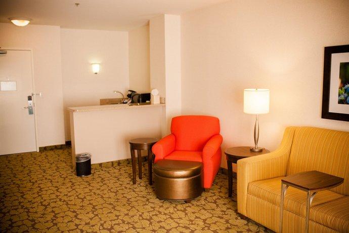 About Hilton Garden Inn Redding