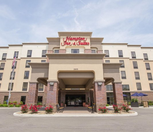 Hampton Inn & Suites - Pittsburgh Harmarville PA