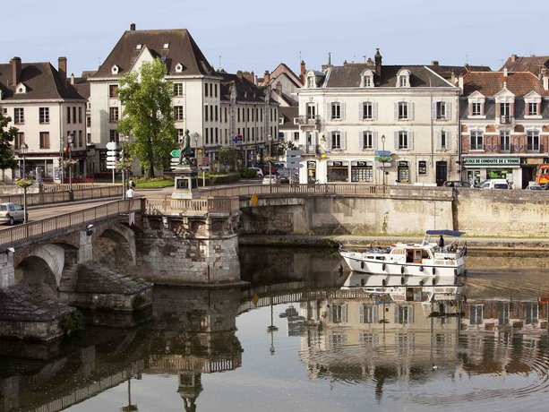 Ibis Auxerre Centre Compare Deals