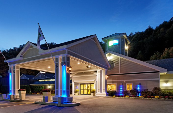 Holiday Inn Express Springfield Vermont