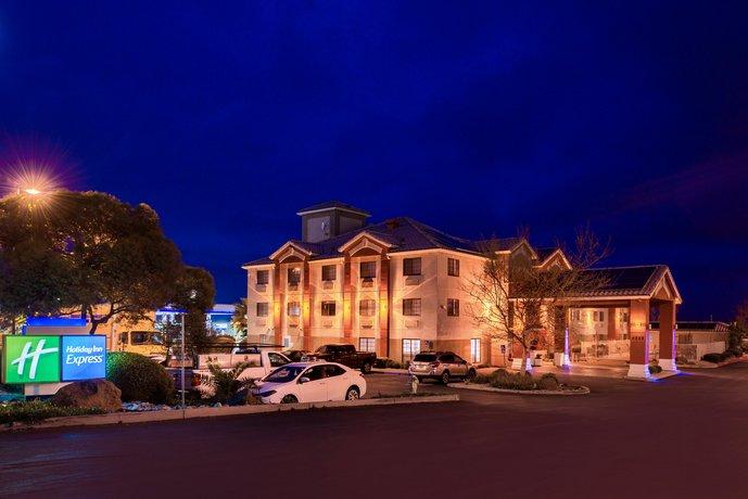 Holiday Inn Express Westley