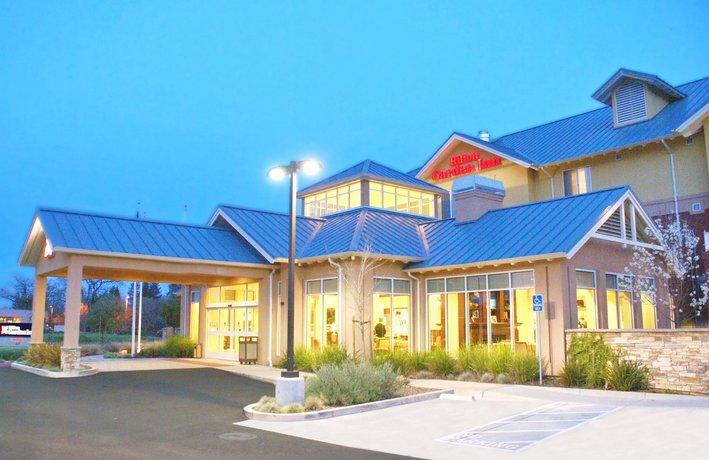 Hilton Hotel Santa Rosa Airport