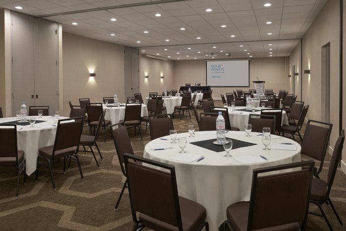 Toronto Airport Meeting Rooms
