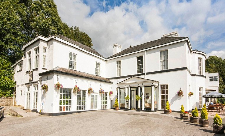 The Manor Hotel Crickhowell