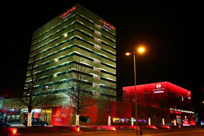 Airport Hotel Basel - Convenient & Friendly