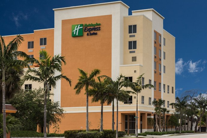 Holiday Inn Express Hotel & Suites Fort Lauderdale Airport South