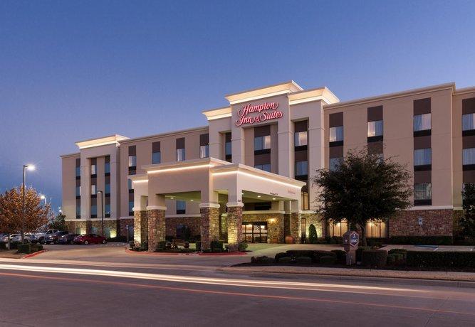 Hampton Inn & Suites Ft Worth Burleson