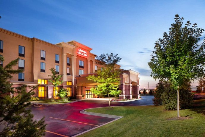 Hampton Inn & Suites Chicago - Libertyville