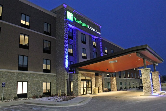 Holiday Inn Express & Suites - St Louis South - I-55