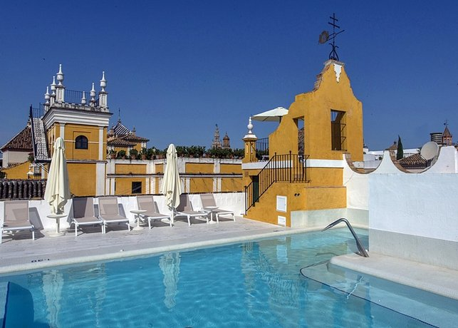 Las Casas de la Juderia Seville