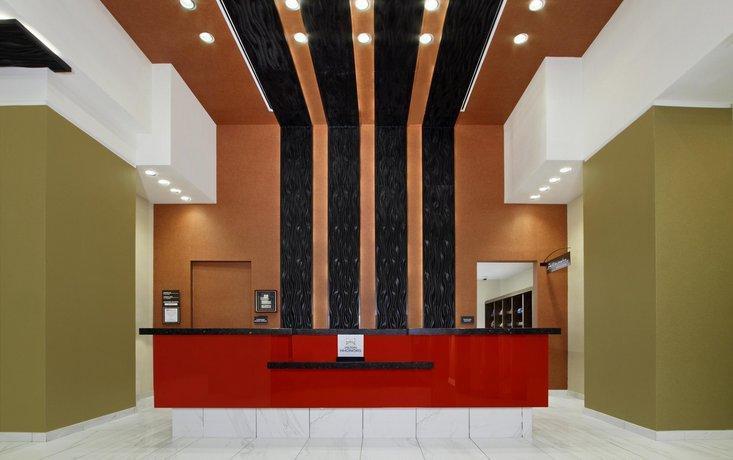 Charming Hilton Garden Inn New York/Midtown Park Avenue, New York City   Compare  Deals Images