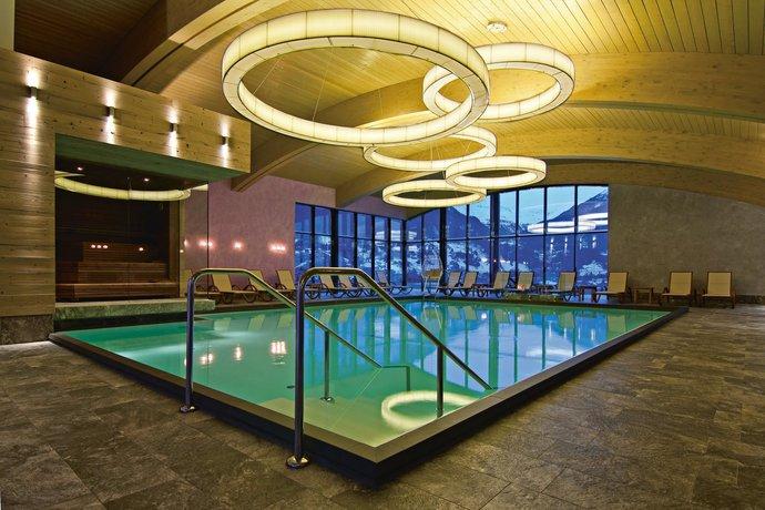 Bergland design und wellnesshotel solden compare deals for Design hotel valentin solden