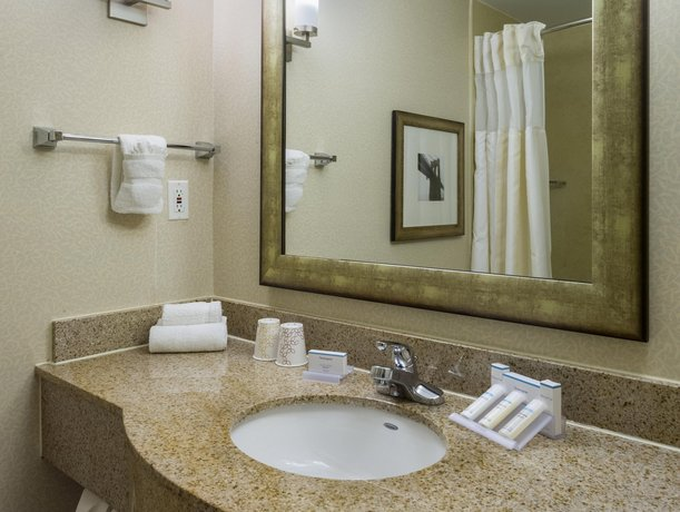 About Hilton Garden Inn New York/Tribeca