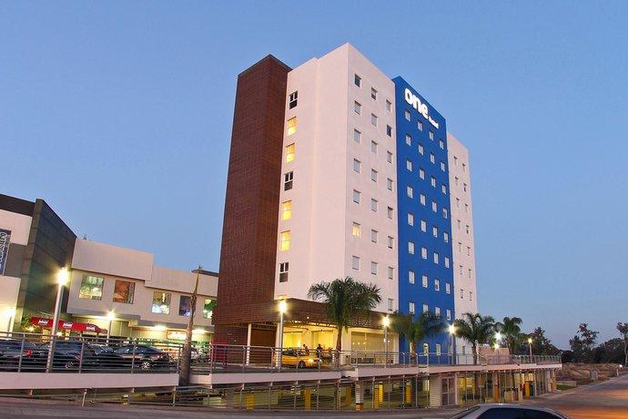 One Guadalajara Periferico Norte