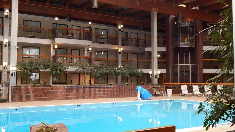 About Park Inn By Radisson Beaver Falls Pa