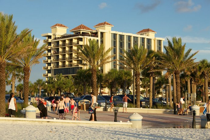 pier house 60 clearwater beach marina hotel compare deals. Black Bedroom Furniture Sets. Home Design Ideas