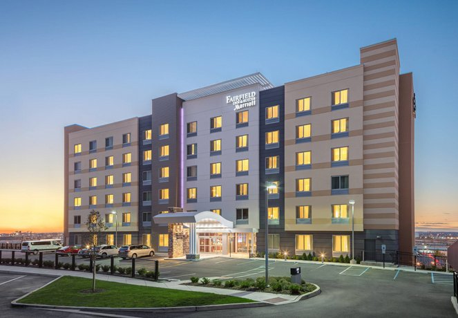 Fairfield Inn & Suites by Marriott North Bergen