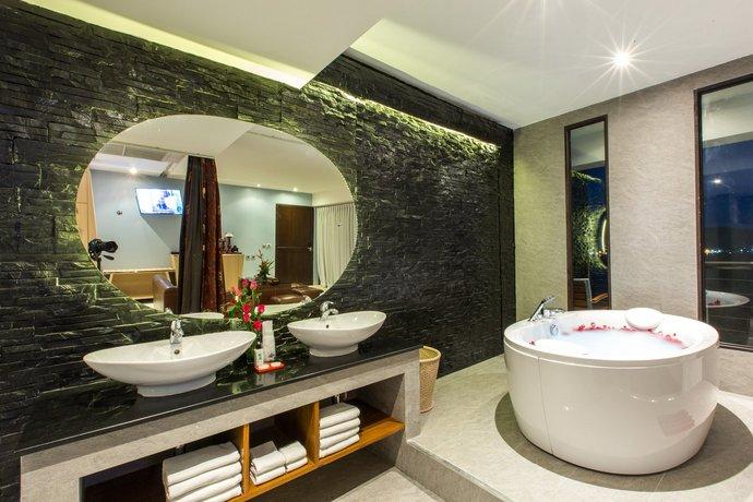 Phuket Guest Friendly Hotels - Indochine Resort Villas