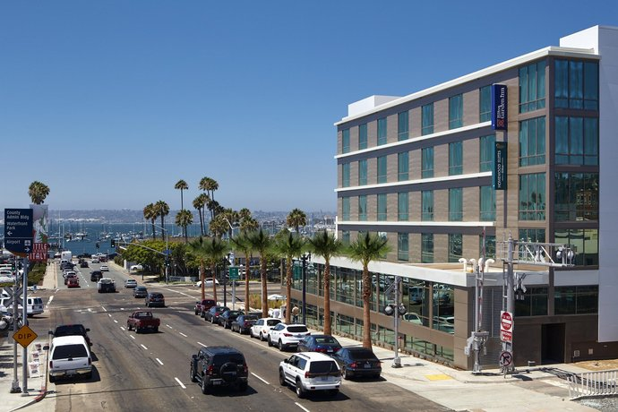 Hilton Garden Inn San Diego Downtown Bayside CA