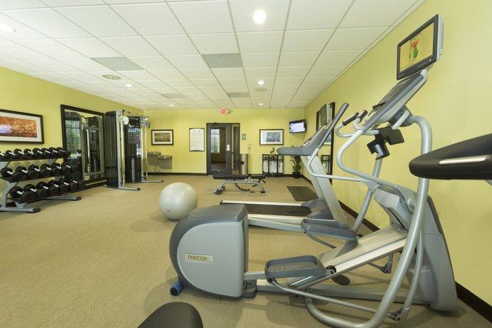 Staybridge Suites Orlando at SeaWorld - Compare Deals