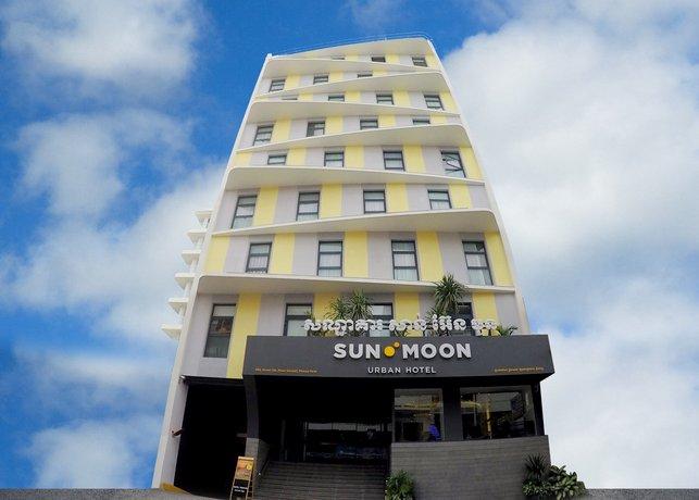SUN & MOON Urban Hotel