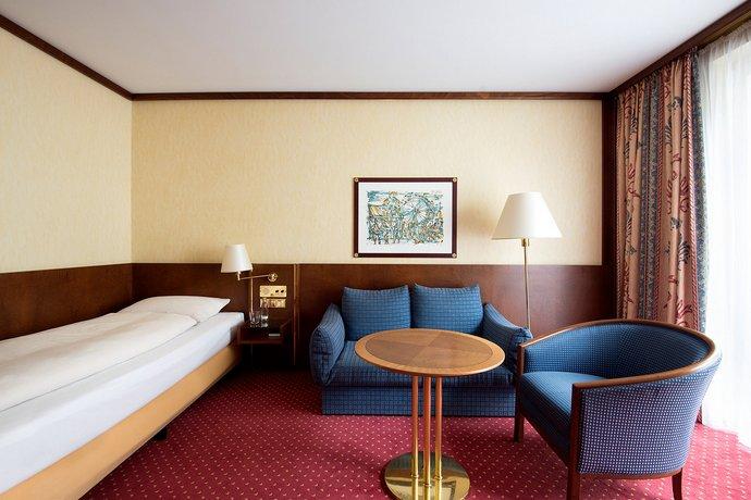 living hotel prinzessin elisabeth by derag m nich. Black Bedroom Furniture Sets. Home Design Ideas