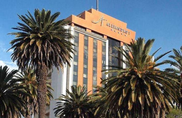Alejandro 1o Hotel