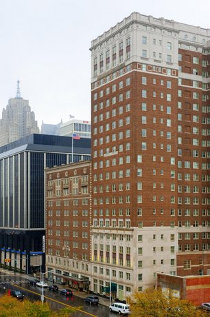 Doubletree by Hilton Detroit Downtown - Fort Shelby