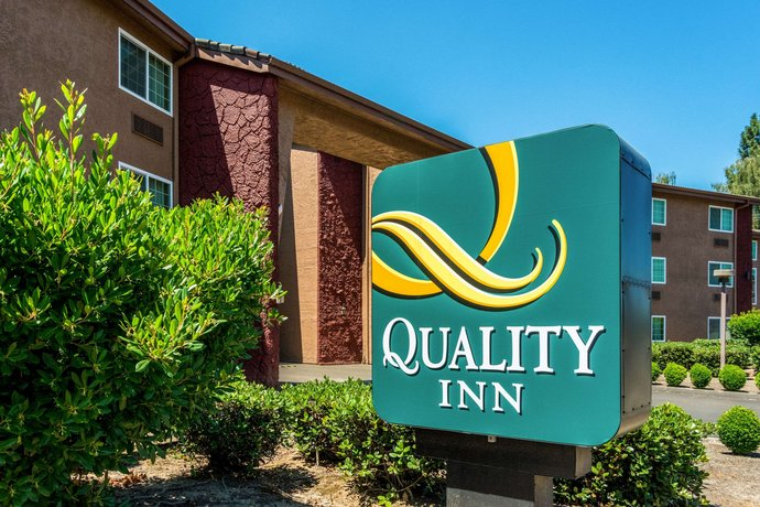 Quality Inn Aloha
