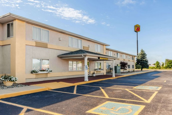 Super 8 Motel Ionia