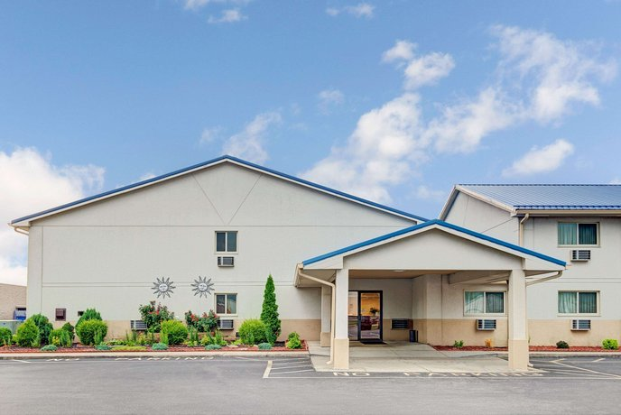 Super 8 by Wyndham Indianapolis