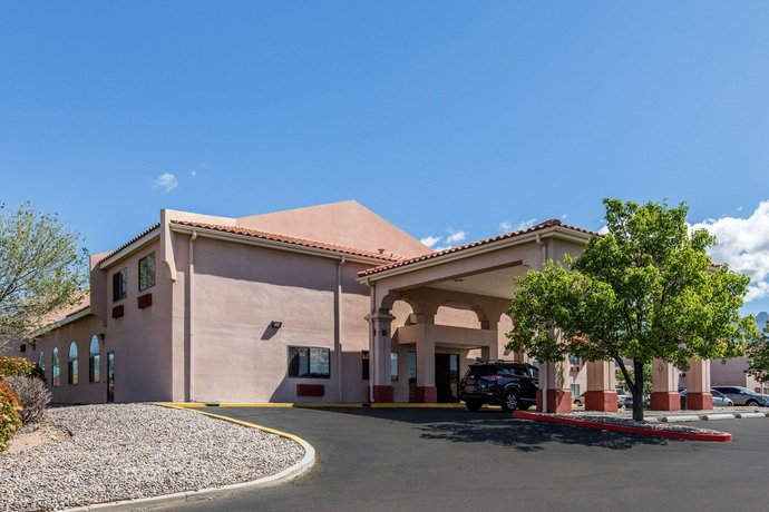 Quality Inn & Suites Albuquerque New Mexico
