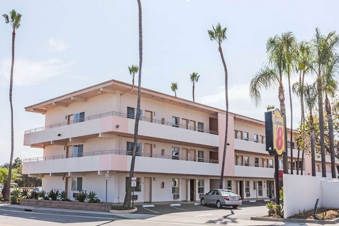 Super 8 by Wyndham Santa Barbara Goleta