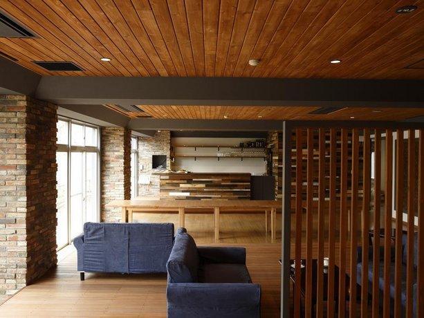 Kyou Bar Lounge & Inn