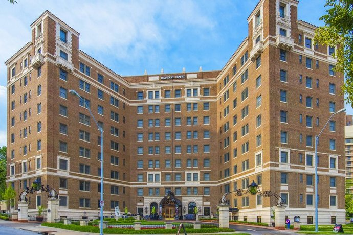 The Raphael Hotel Autograph Collection