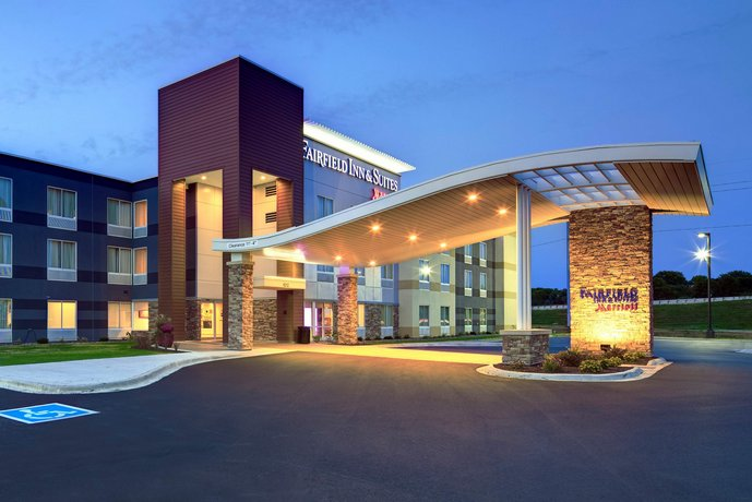 fairfield inn and suites by marriott madison west middleton rh hotelscombined com