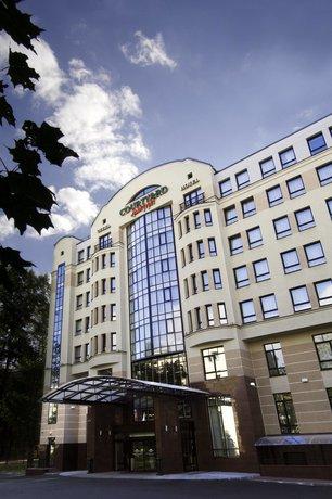 Courtyard by Marriott St Petersburg Center West Pushkin Hotel