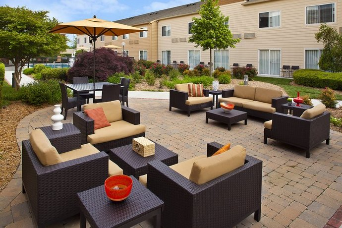 Courtyard by Marriott Chattanooga at Hamilton Place