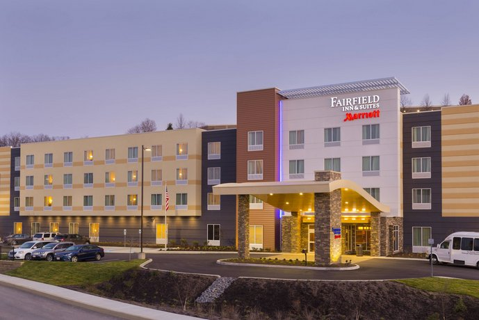 Fairfield Inn & Suites by Marriott Pittsburgh Airport Robinson Township
