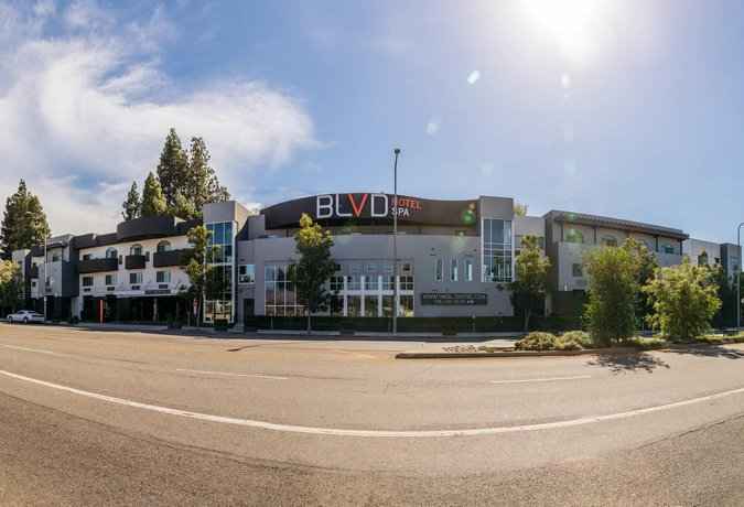BLVD Hotel & Spa - Walking Distance to Universal Studios Hollywood
