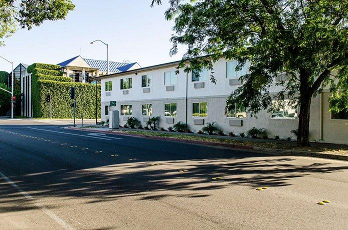 Motel 6 Modesto Downtown