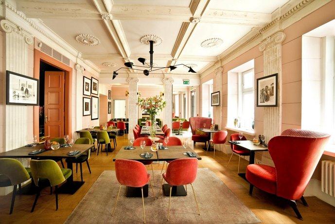מלון בוטיק H15 צילום של הוטלס קומביינד - למטייל (3)