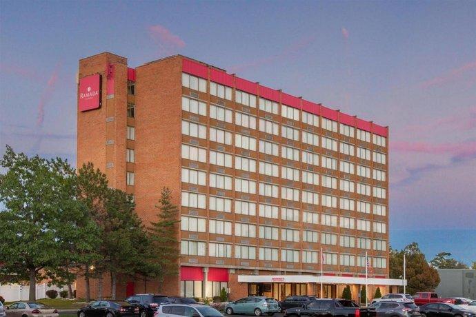 Ramada Albany Aparthotel