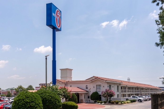 Motel 6 Little Rock - Mccain